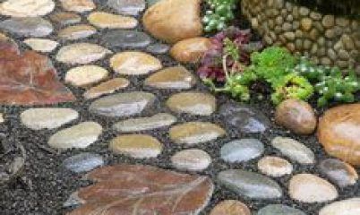 Пешеходные дорожки из природного камня